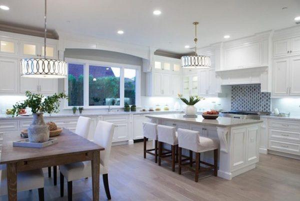 dapur cantik minimalis berwarna putih