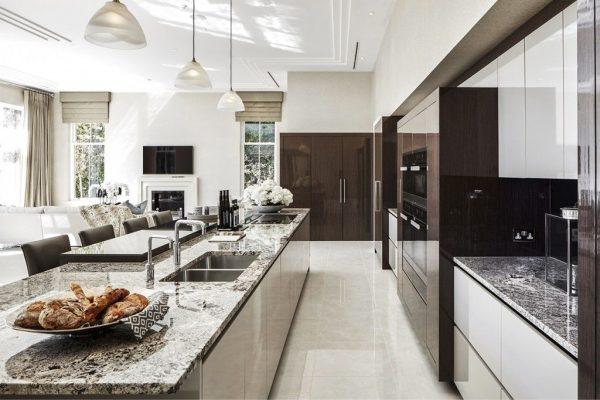 model kitchen set mewah dengan hpl